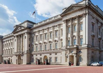 Vueling Tickets bestemming Londen palace